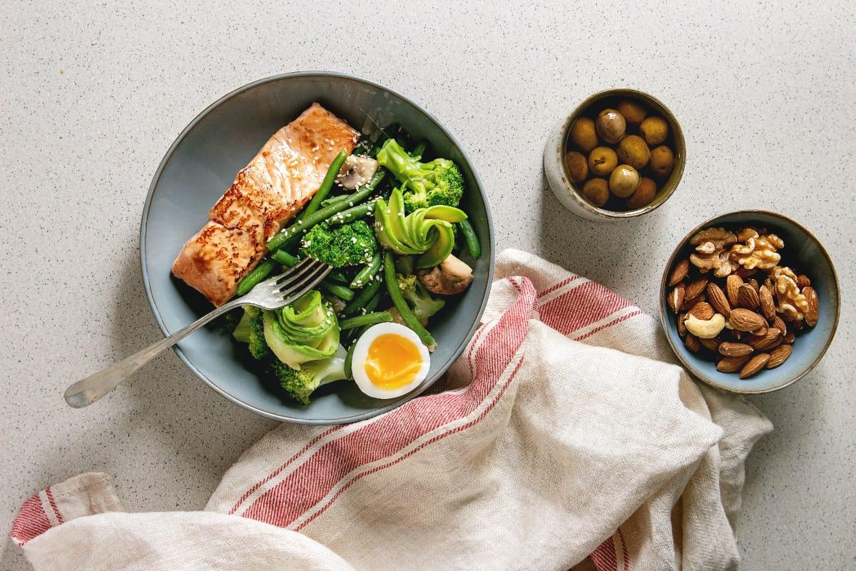 דיאטה ללא פחמימות