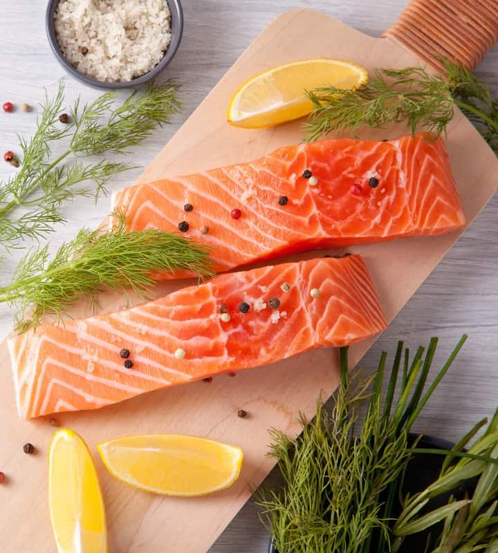 נתחי דג סלמון - דיאטת חלבונים